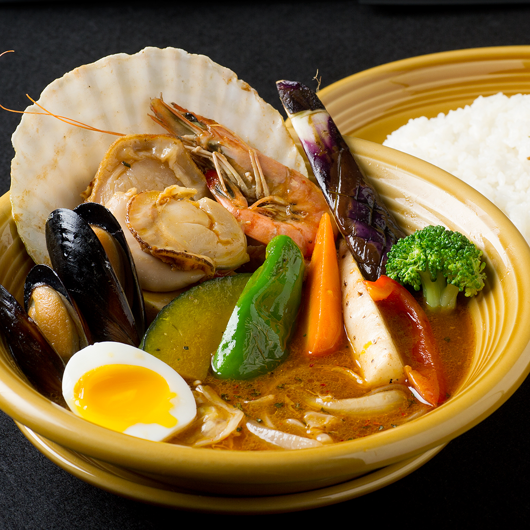 北海道産ホタテとシーフードのスープカレー