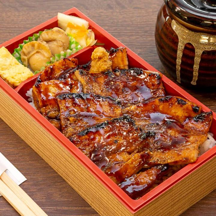 豚丼弁当バラ
