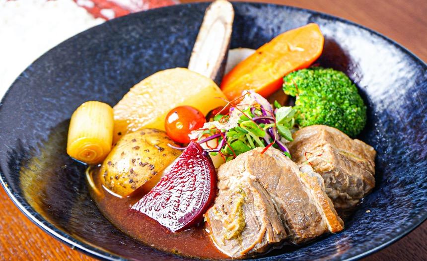 豚角煮と野菜のスープカリー