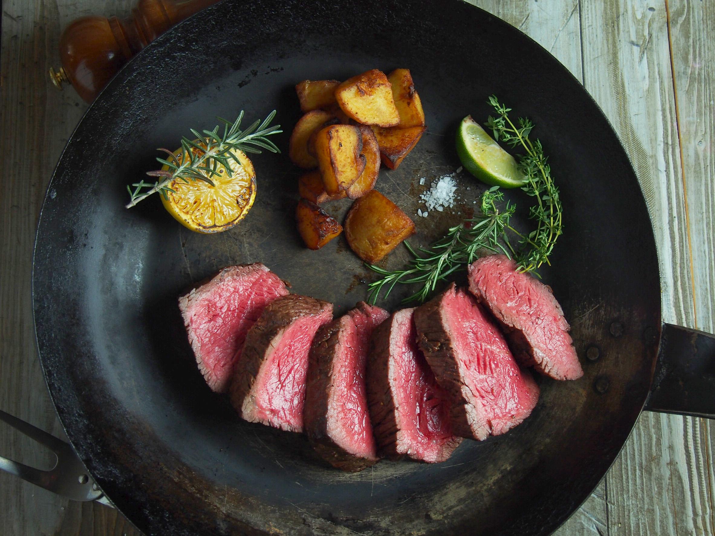 豊西牛希少部位ステーキ食べ比べ