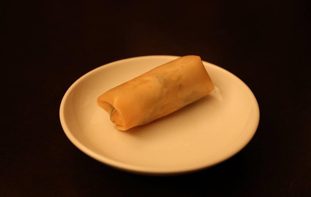 海老と季節野菜の春巻(1本)