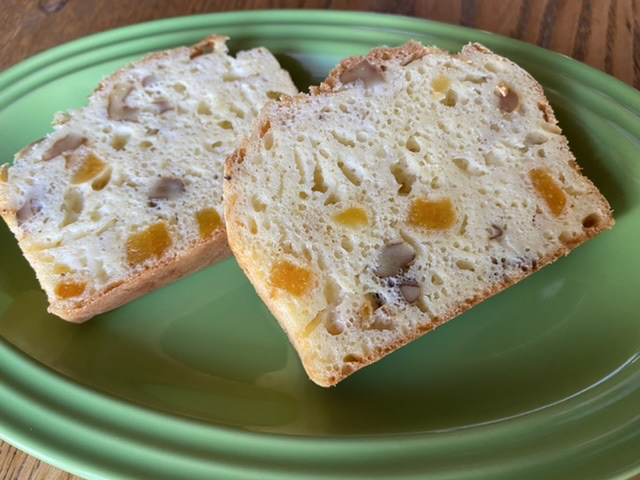4種のチーズのケークサレ