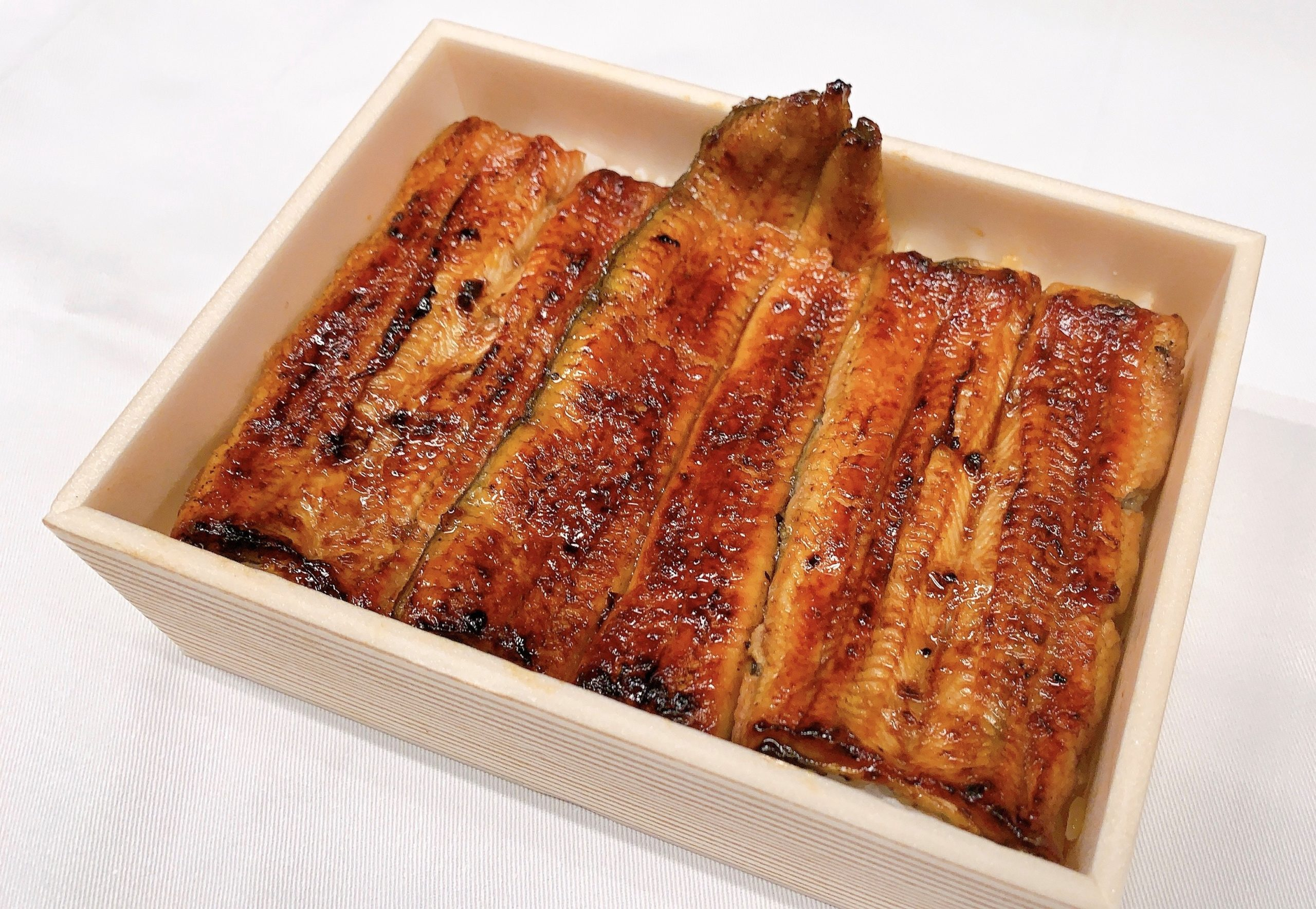 寿(ことぶき)弁当 鰻1尾半