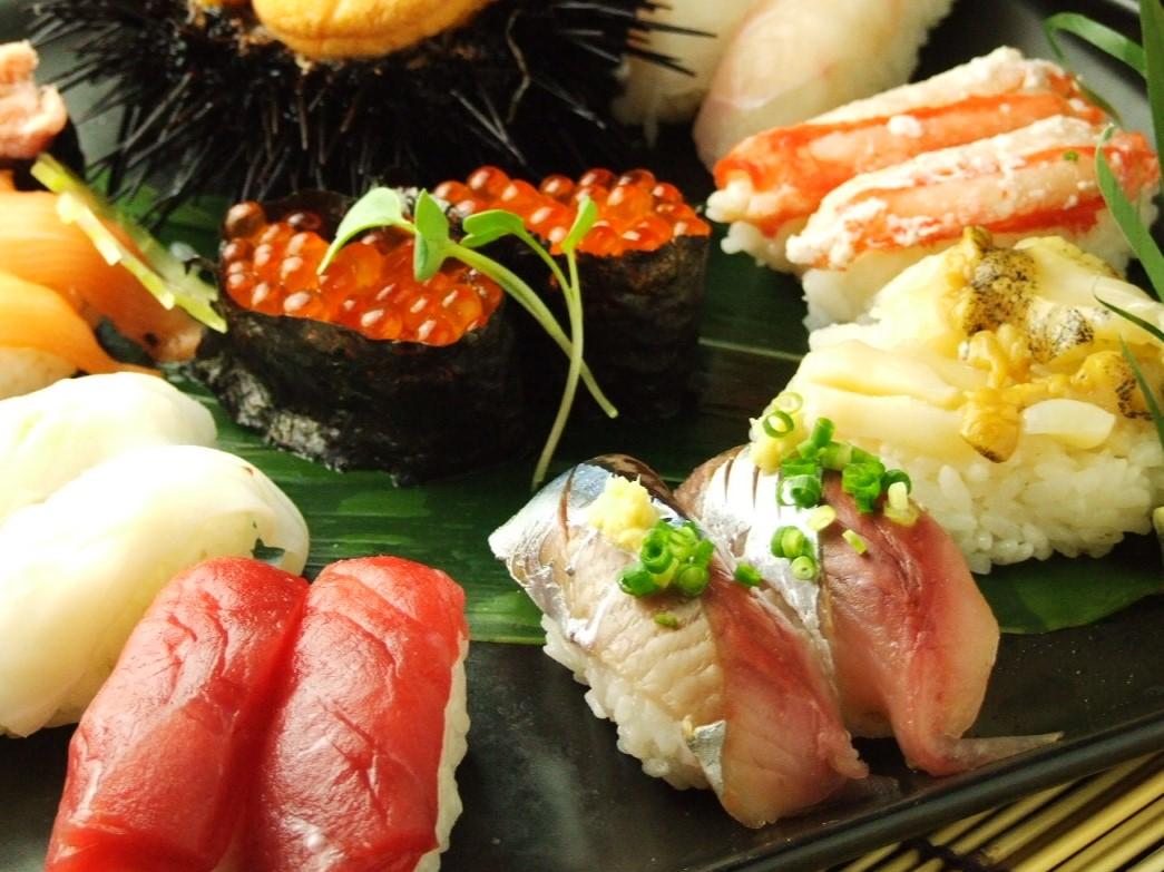 握り寿司10貫