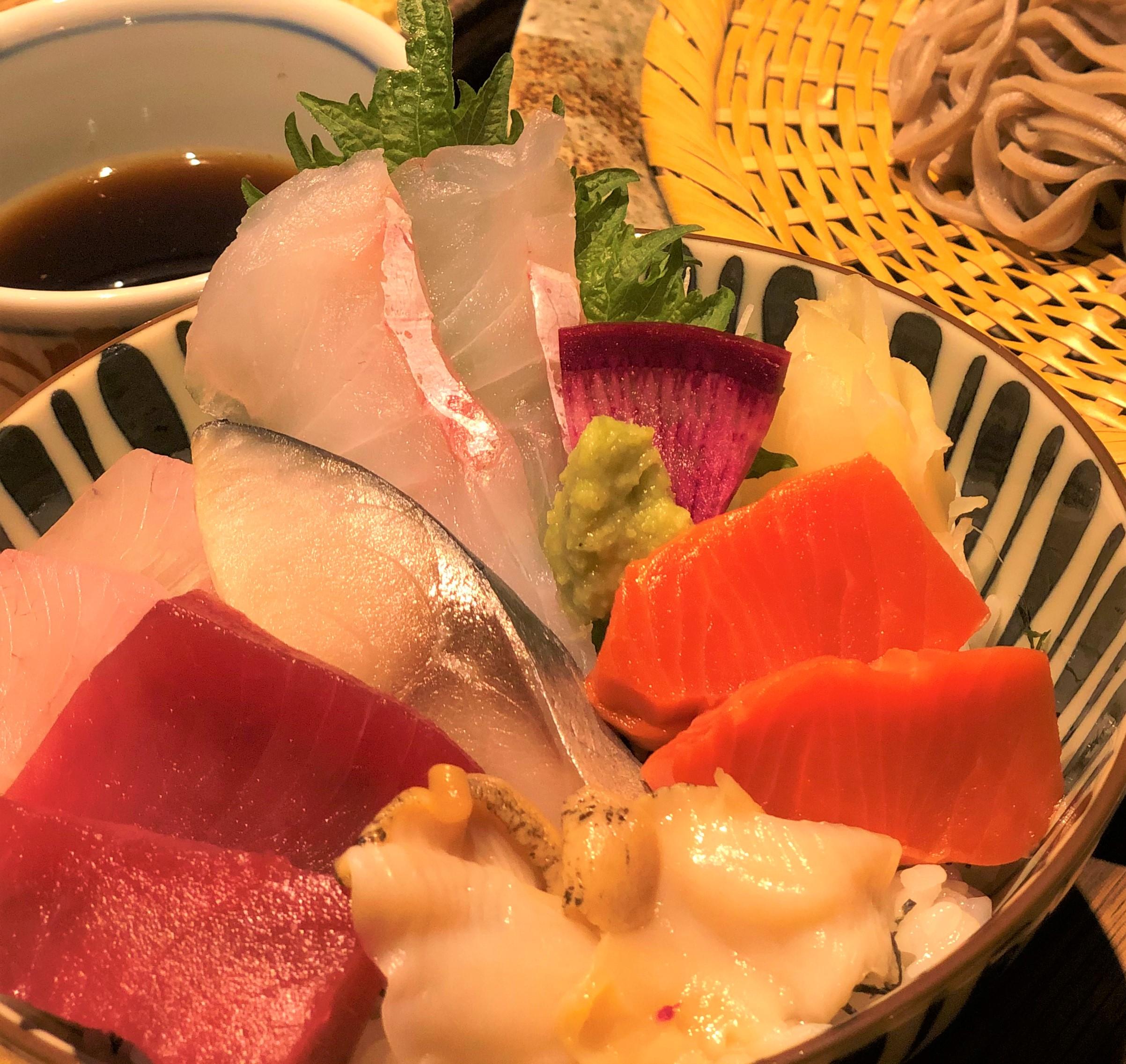 極鮮!!海鮮丼